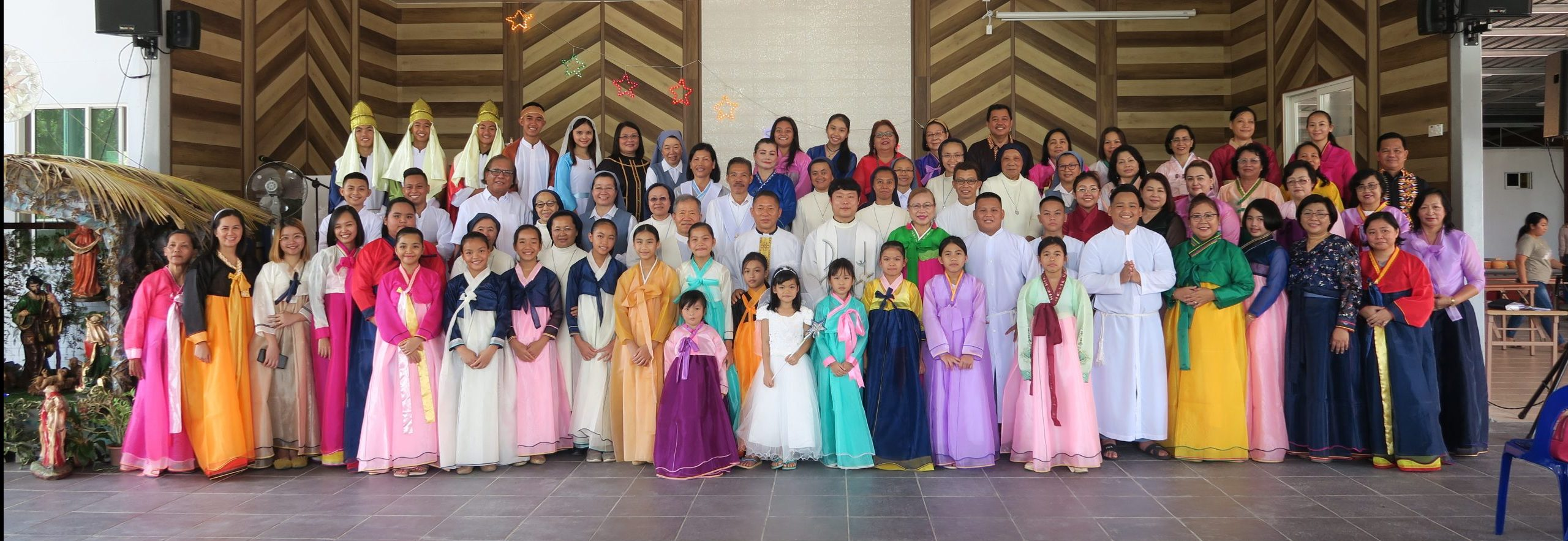 Local Faithful Celebrate Korean Priests' Sacerdotal Anniversaries
